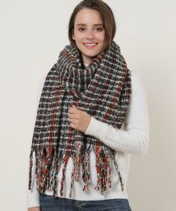 SF1126 Black – Small Lattice Pattern Scarf With Tassel Trims
