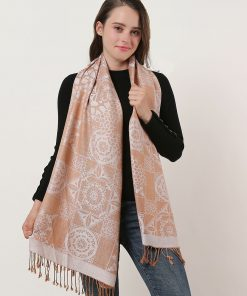 SF1135 White – Retro Pattern Scarf With Tassels
