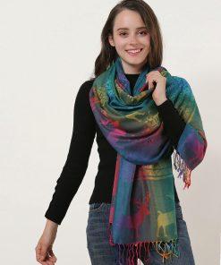 SF1137-2 – Rainbow Color Elk Pattern Scarf With Tassels