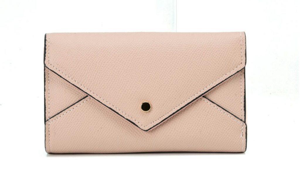 Types of Clutch Handbags in trend
