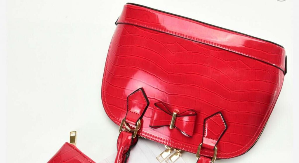 Beautiful handbags with colour for all season