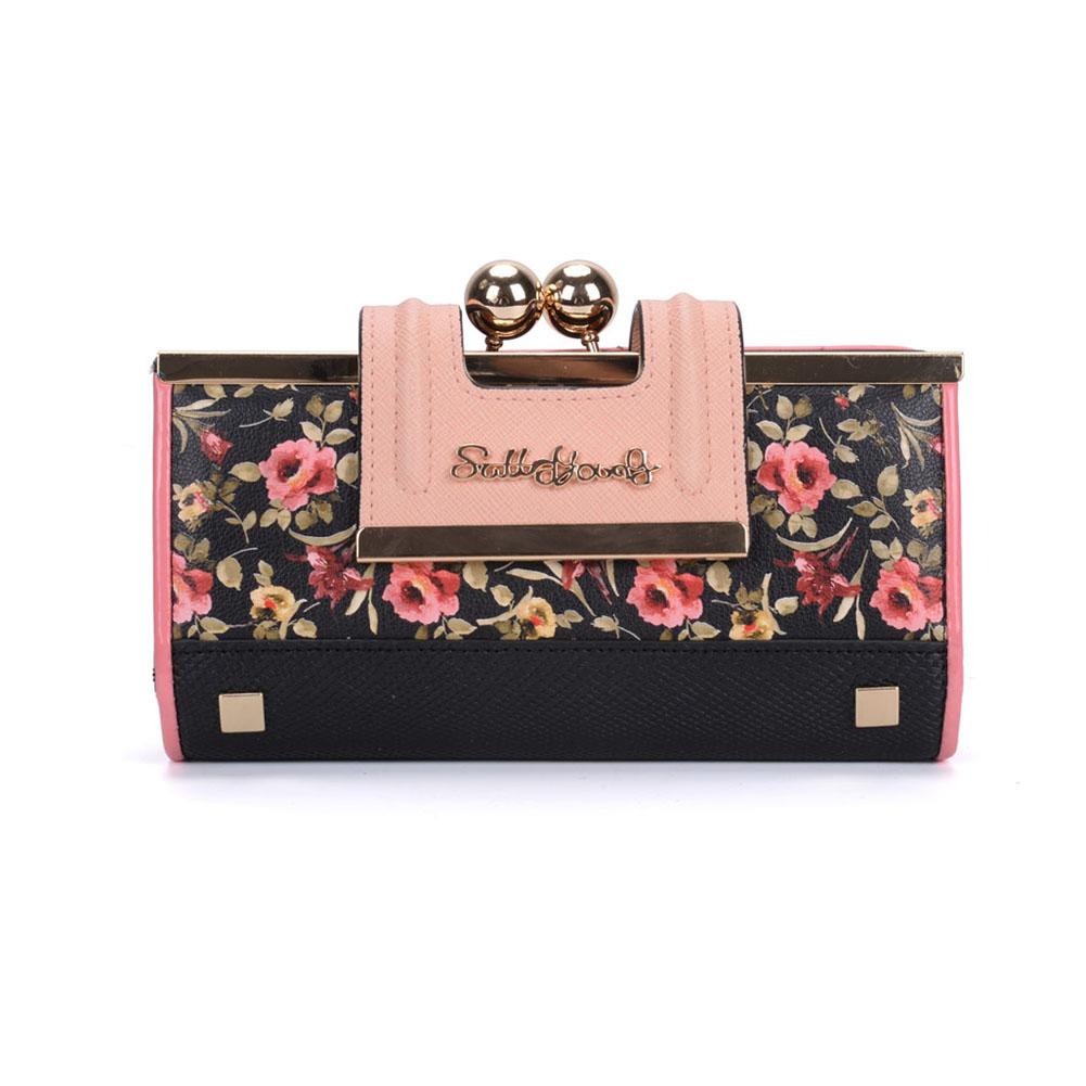 Handbags for evening occasions